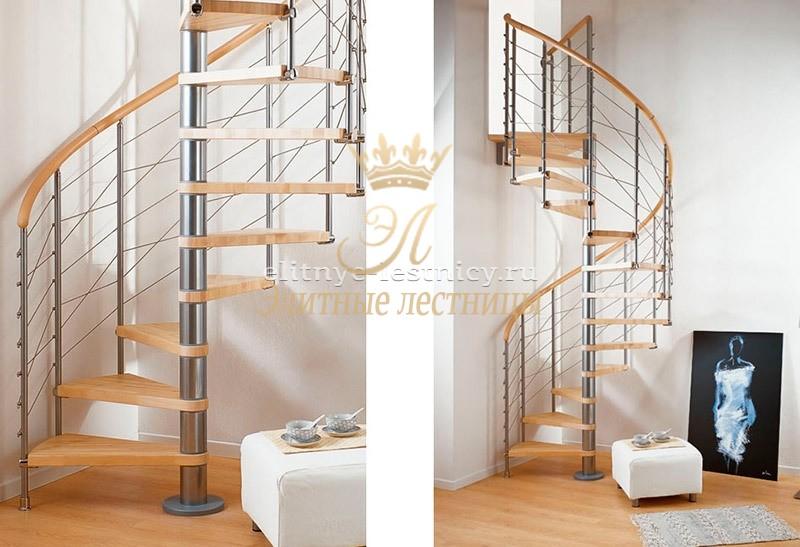 Винтовая лестница с цилиндрами из н/стали. Ступени и поручень из бука.
